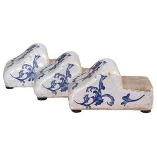 Aged ceramic pot feet. Ceramics. 5,4x10,2x5,5cm. *