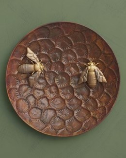 16   Bee Wall Disc - 16 diameter inches