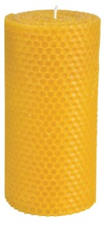 Beeswax candle L. Beeswax, cunninghamia wood. 7,6x7,6x15,1cm. oq/12,mc/36 Pg.86 -