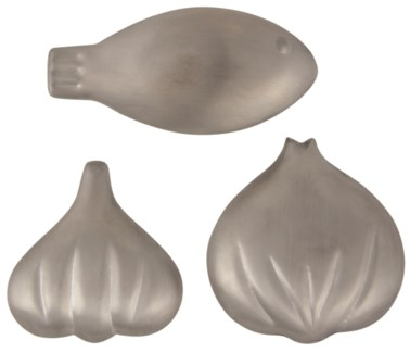 Stainless steel soap 3 ass. - comes in a displayer box  (3x0.9x3.1 / 2.6x0.9x2.7 / 4.1x0.7x2 inches)