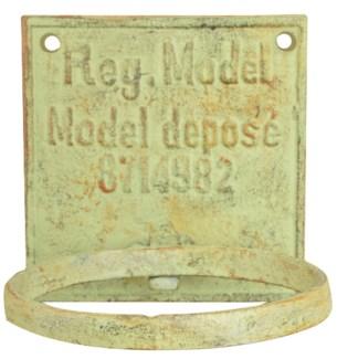 IH flowerpotholder. Cast iron. 12,8x15,0x12,5cm. oq/12,mc/12