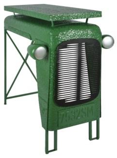 Tractor table green. Metal. 100,0x67,0x104,0cm. oq/1,mc/1 Pg.107