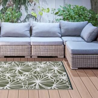Garden carpet floral pattern - 60x95.25x0.5 inches
