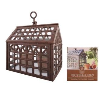 Victorian greenhouse. Cast iron, glass. 23,3x18,0x24,4cm. oq/6,mc/1 Pg.77