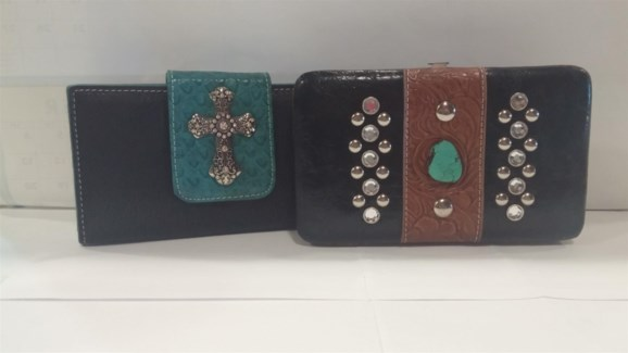 Close Out Bling Wallet