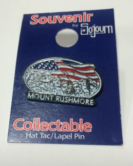 Hat pin Rushmore w/ flag