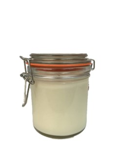 Vanilla and Butter 7.5 oz candle