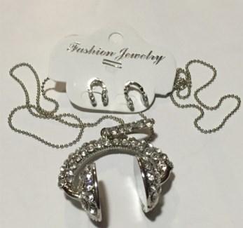 Headphone Necklace Earring Set