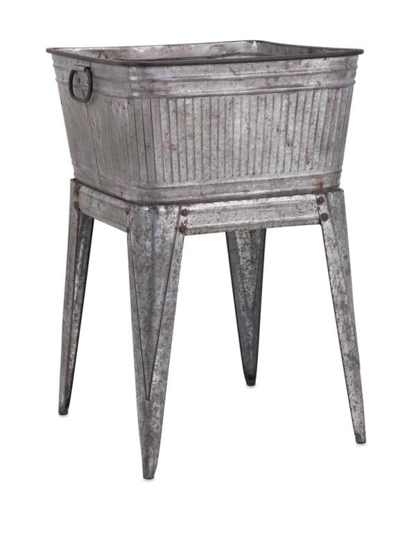 Perryman Galvanized Tub on Stand