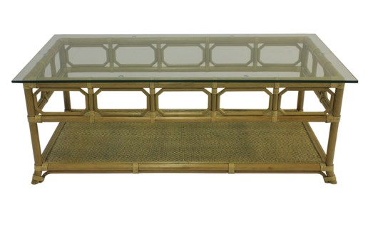 Regeant Rectangular Coffee Table w/Glass - Nutmeg