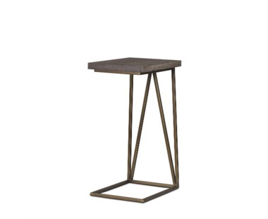 Emerson Pull Up Table