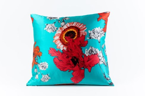 daisy silk pillow