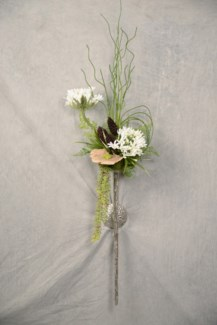 AGAPANTHUS & CHIVES WALL SCONCE