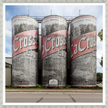 The Worlds Largest Six Pack, Wisconsin