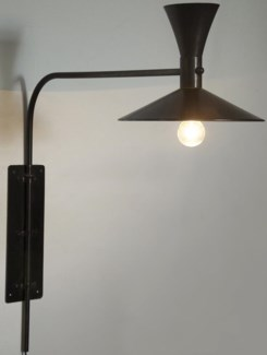 Enzo Sconce