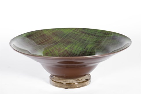 Bowl with round base in Ivy Cottage Finish