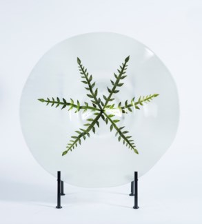 Large Charger with Stand in Fern Crest