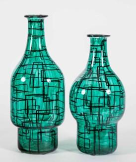 Large Fullerton Vase in Green Gables Finish