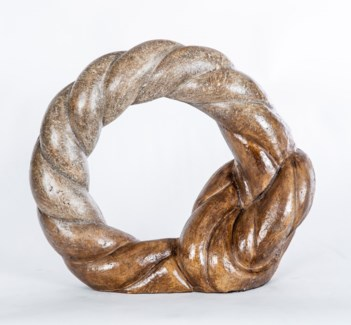 Round Knot Sculpture in Mocha Finish