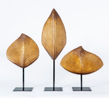 Large Leaf Sculpture w/ Stand in Toasted Cashew Finish