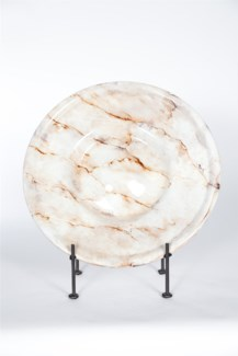 Charger with Iron Stand in Alabaster