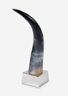 "18""H Decorative Polished Horn On Metal Base (13x13x18)"