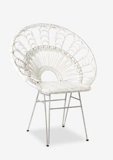 Peacock Rattan Pole Accent Chair (33x25x39.5)